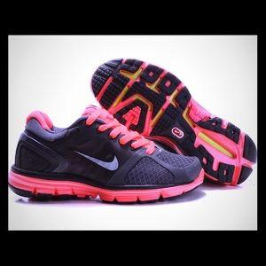 Nike LunarGlide 2 Running Shoes